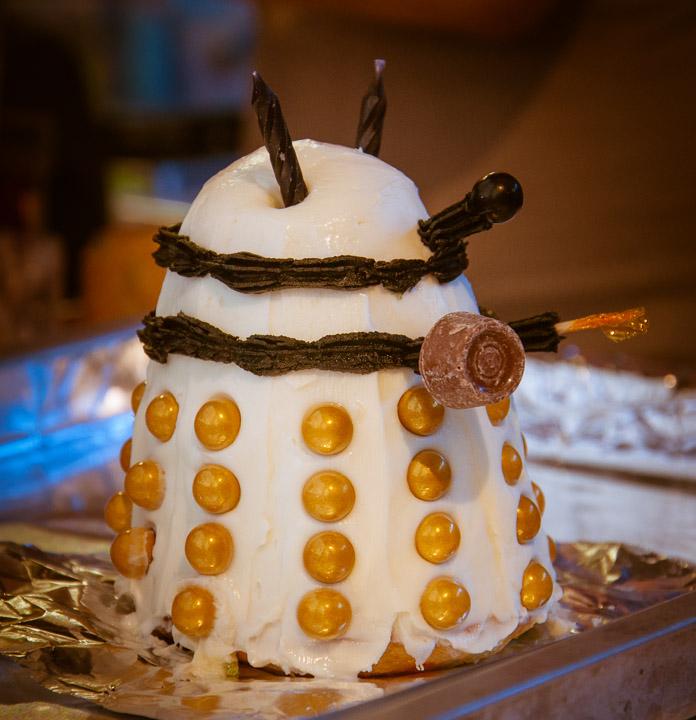 Its a Dalek cake!